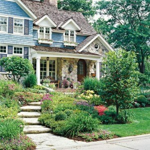 24-Beautiful-Small-Front-Yard-Garden-Design-Ideas-7